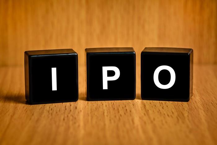 IPO là gì? Những điều các nhà đầu tư cần biết về IPO