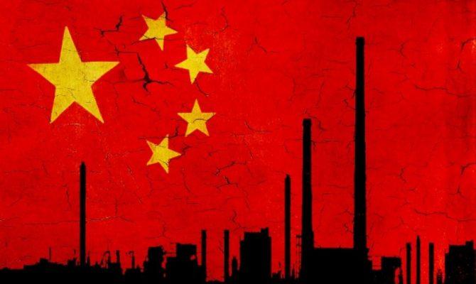 Nền kinh tế Trung Quốc tiếp tục nhận đòn giáng ngay khi rục rịch hoạt động trở lại