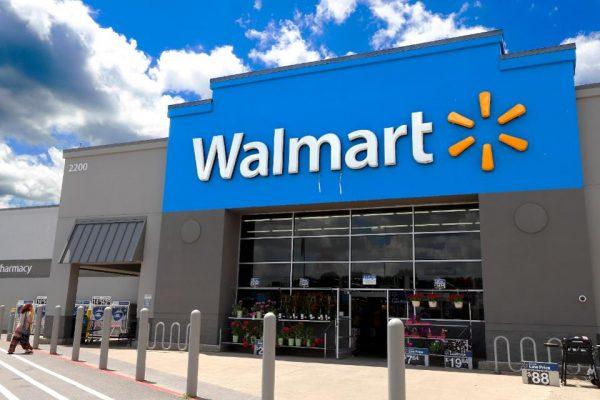 Cách Walmart thích nghi trong mùa Covid-19: Thuê thêm cả trăm nghìn nhân viên, giảm thời gian quy trình tuyển dụng