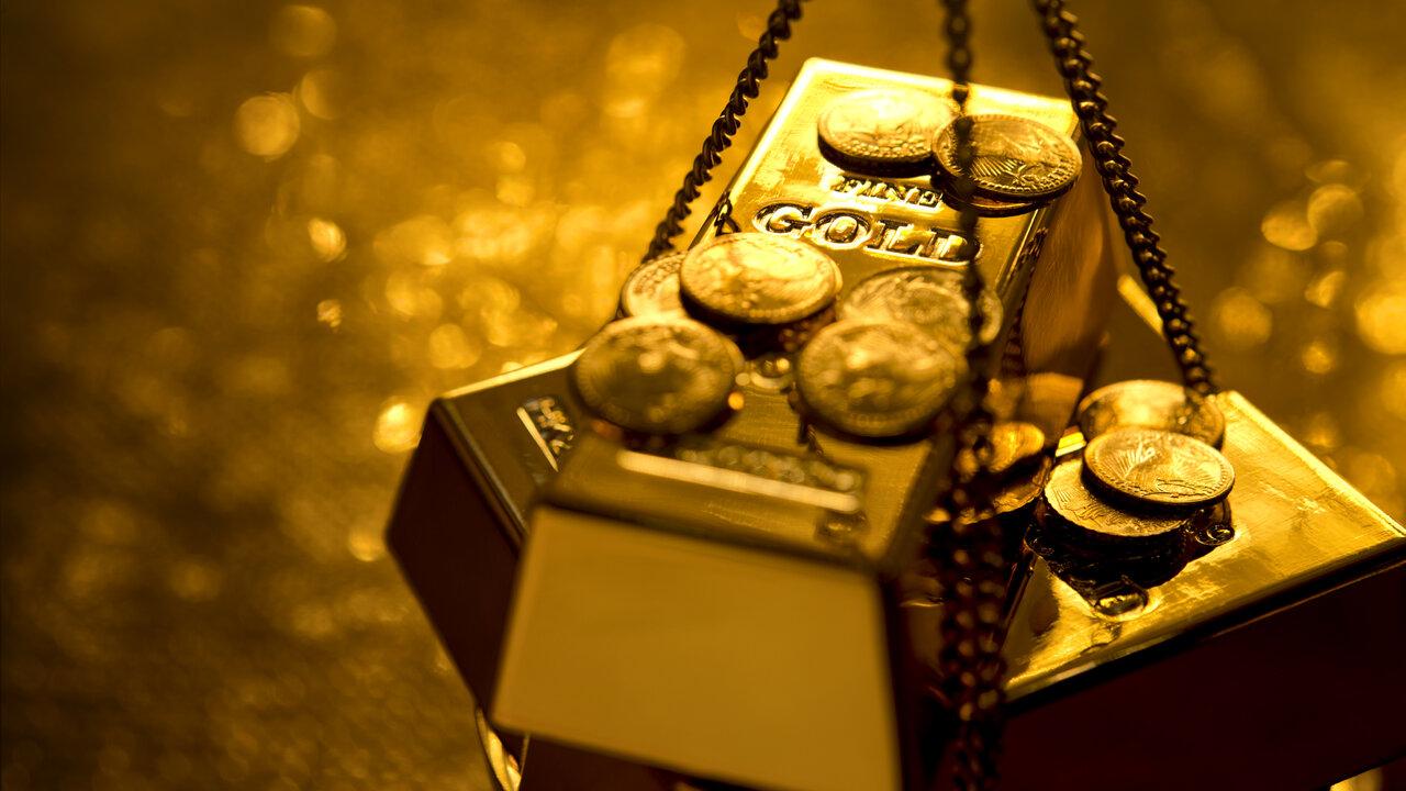 Nhà đầu tư ồ ạt mua vàng, giá vàng tăng dựng đứng