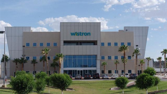Chủ tịch công ty lắp ráp iPhone Wistron Corp - Simon Lin thậm chí còn nói với các nhà phân tích rằng công ty của ông có thể vận hành 50% công suất bên ngoài Trung Quốc vào năm 2021.