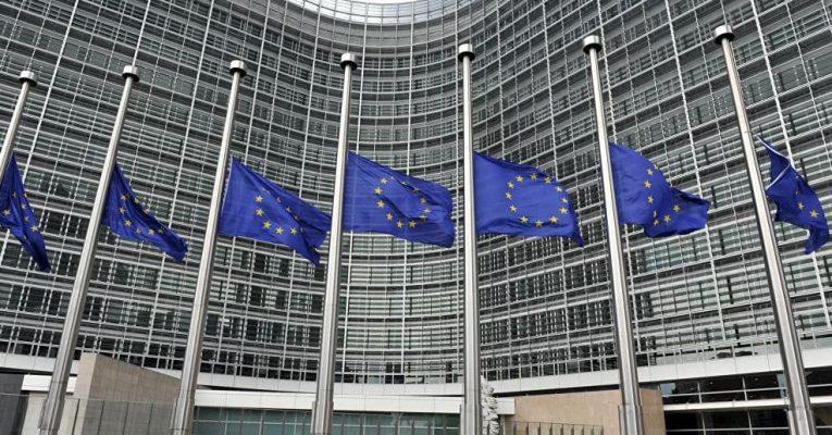 Uỷ ban Châu Âu cảnh báo dịch Covid-19 đe doạ tương lai EU