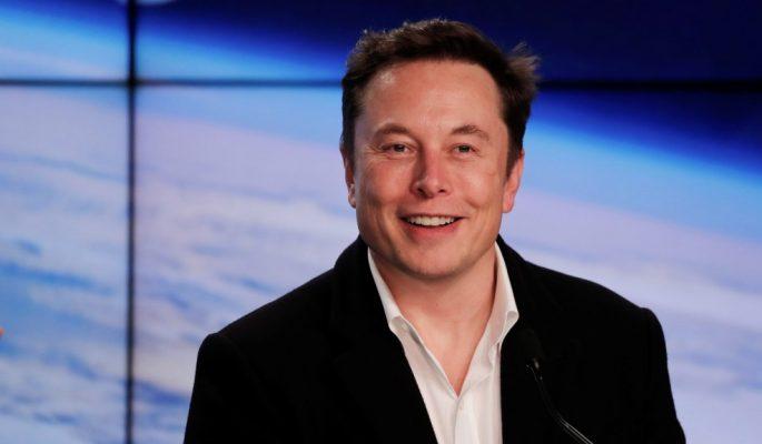 Elon Musk nhận khoản thưởng hơn 700 triệu USD từ Tesla