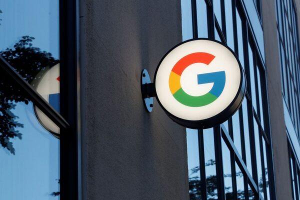 Pháp phạt Google gần 600 triệu USD